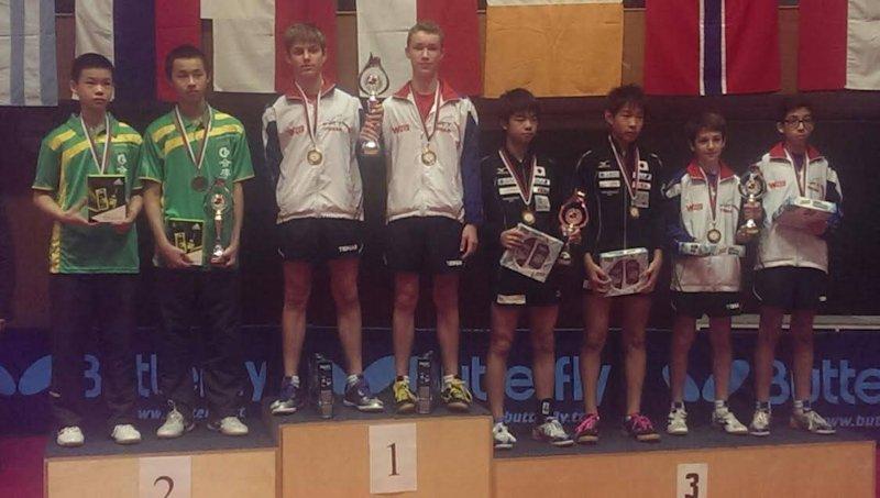 C'est le podium de la compète par équipe à Bratislava en Slovaquie