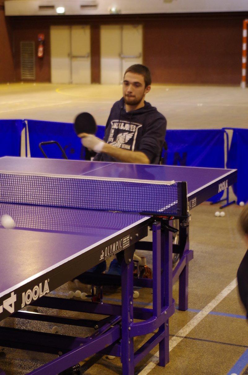 Stage-tennis-de-table-handi-10