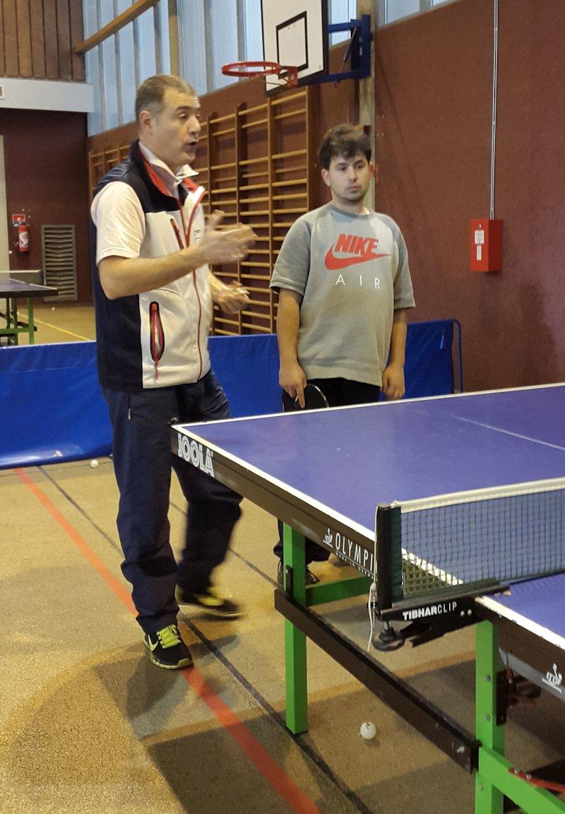 stage-tennis-de-table-handi-48